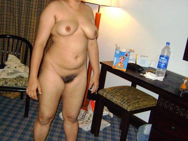 sexy mallu nude gallery packed with provocative pics - 3