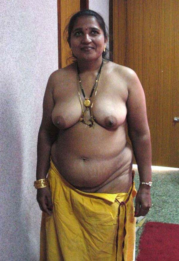 vibrant village aunty nude pics - 1