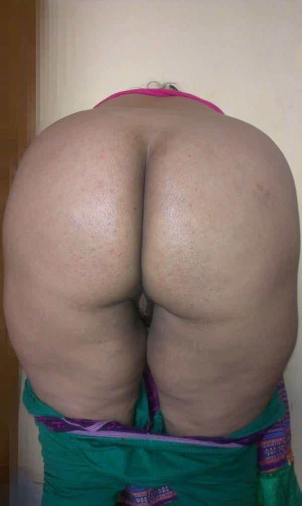 vibrant village aunty nude pics - 17
