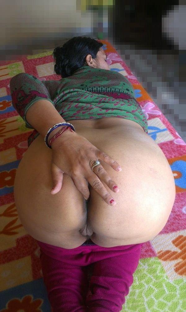 vibrant village aunty nude pics - 37