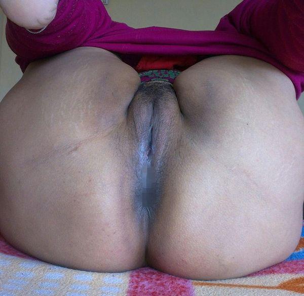 vibrant village aunty nude pics - 40