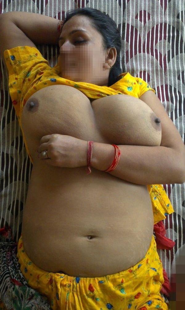 vibrant village aunty nude pics - 49