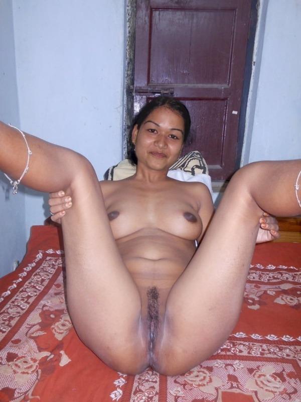 village mature aunties nude pics - 15
