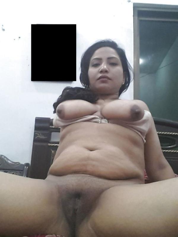 village mature aunties nude pics - 27
