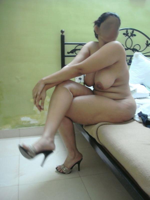 village mature aunties nude pics - 42