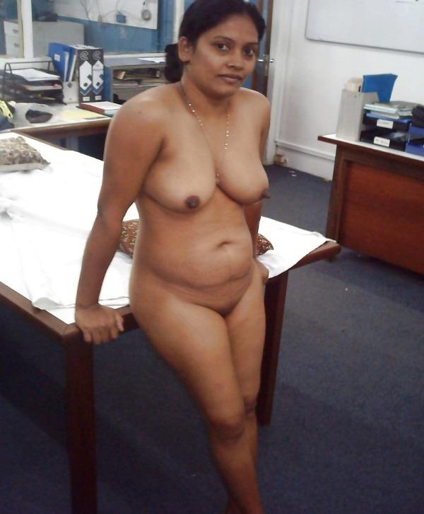 village mature aunties nude pics - 7