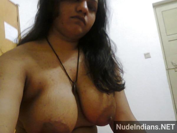 amazing desi juicy boobs gallery - 1