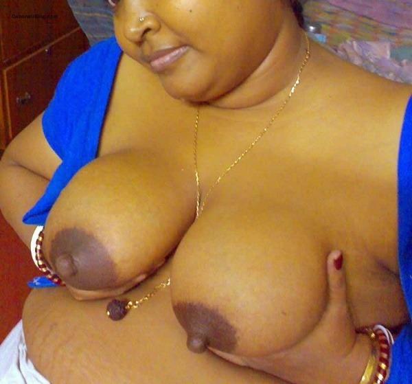 amazing desi juicy boobs gallery - 42