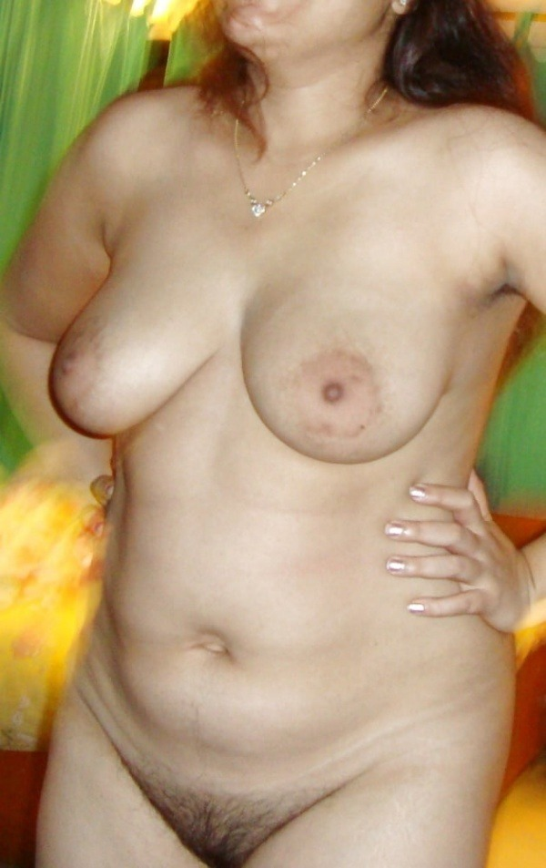 bindaas desi sexy aunties pics - 17