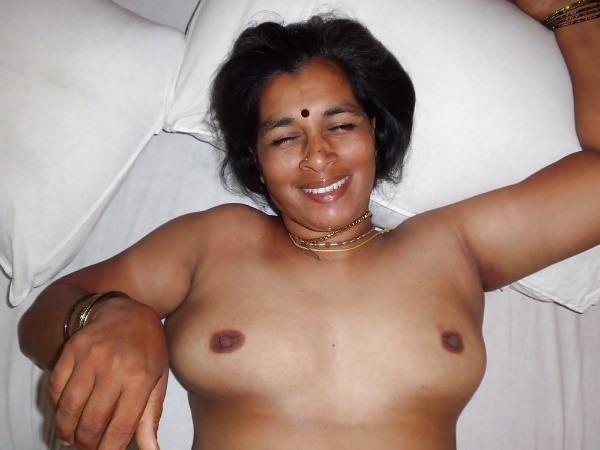 curvy hot nude aunty pics - 11