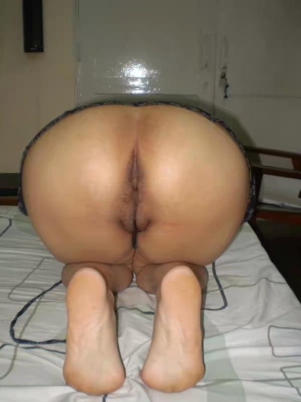 curvy hot nude aunty pics - 32