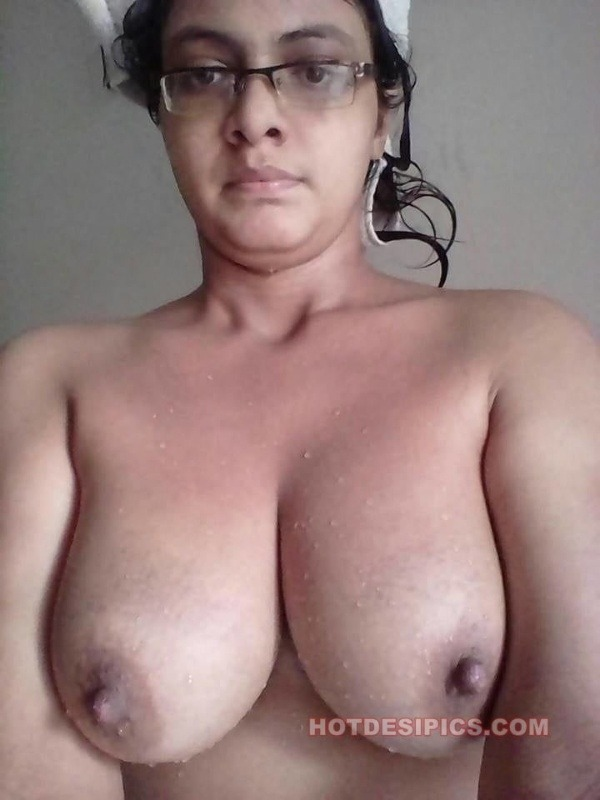 desi big natural tits gallery - 16