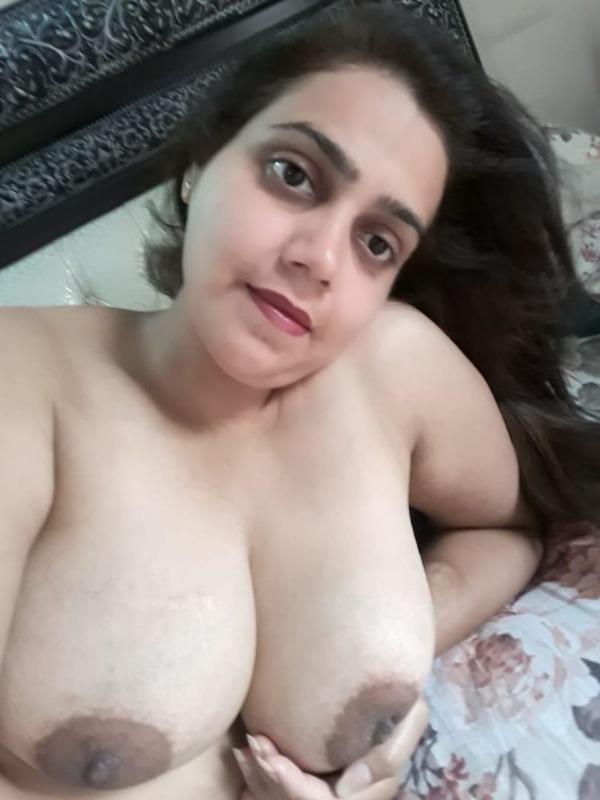 desi huge boobs ladies gallery - 8