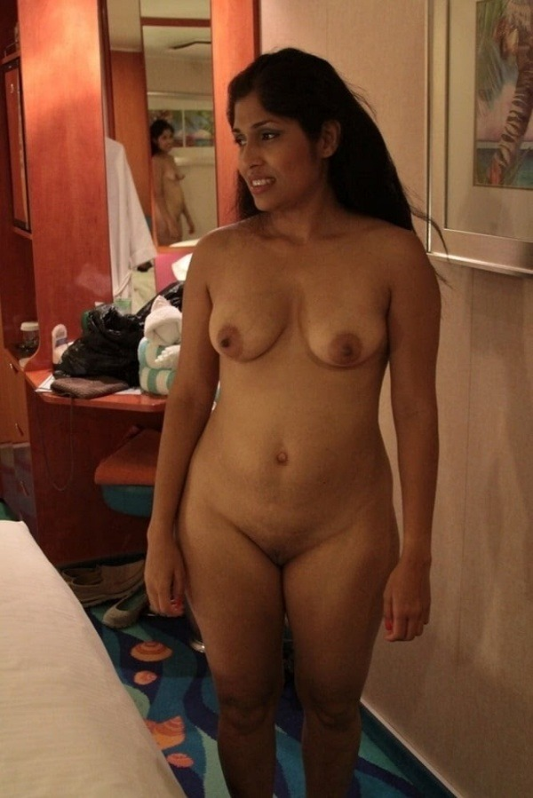 desi mallu sexy women pics - 2