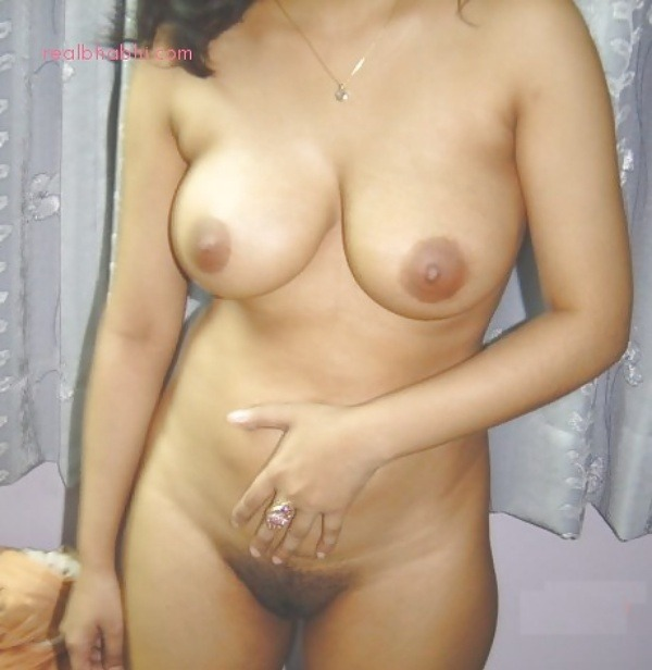 desi nude horny girls gallery - 5