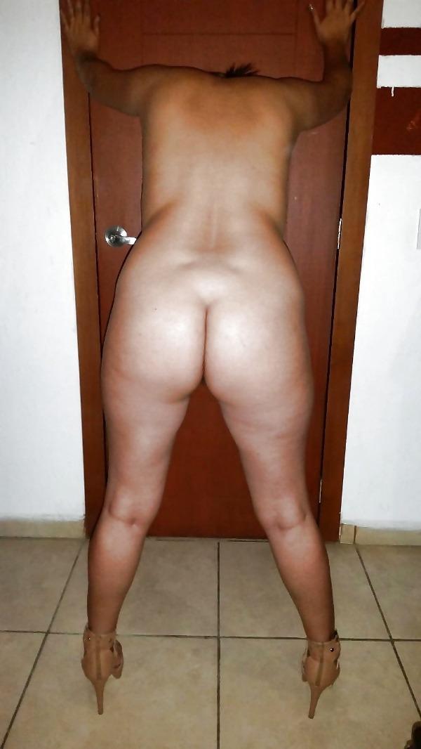desi seducing sexy aunties pics - 15