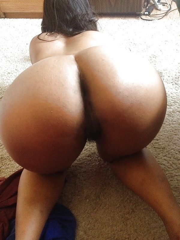 desi seducing sexy aunties pics - 17
