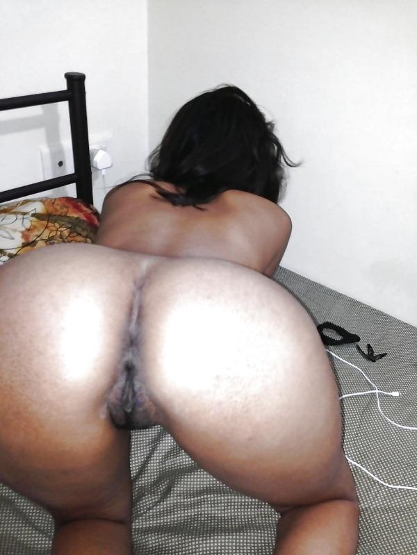 desi seducing sexy aunties pics - 19
