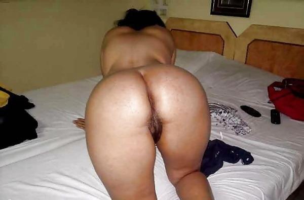 desi seducing sexy aunties pics - 26