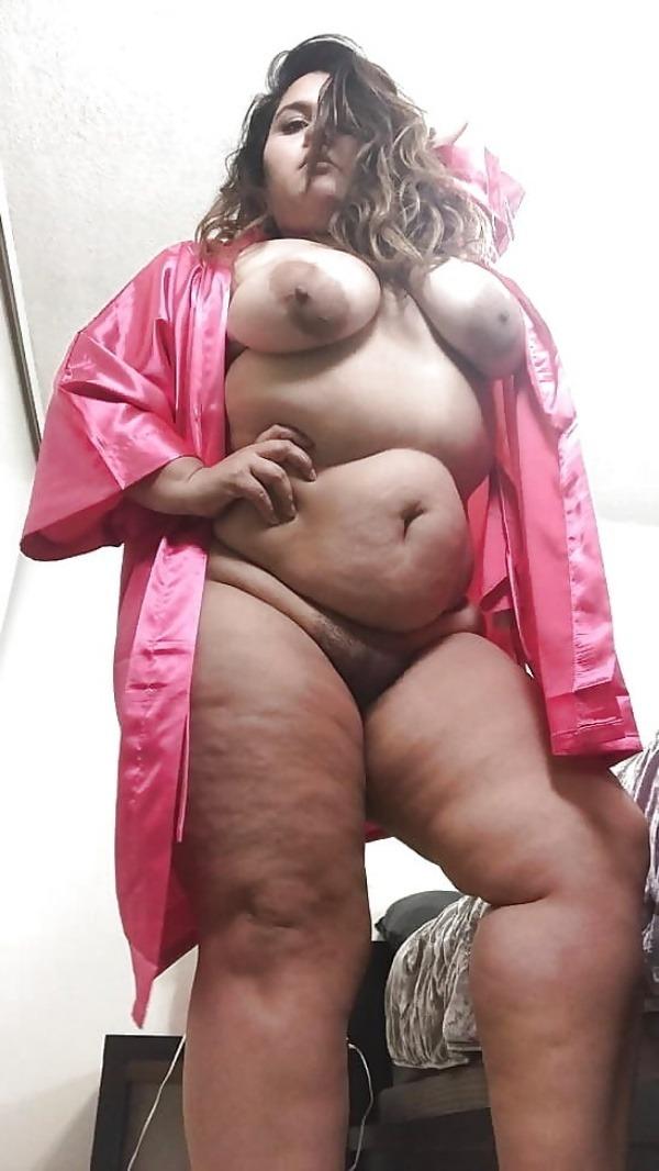 desi women big boobs pics - 5