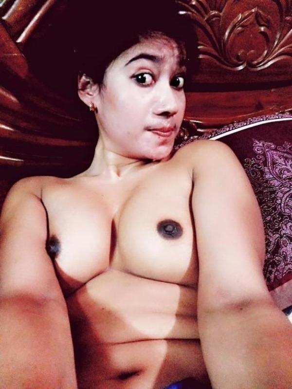 enchanting mallu nude babes pics- 14