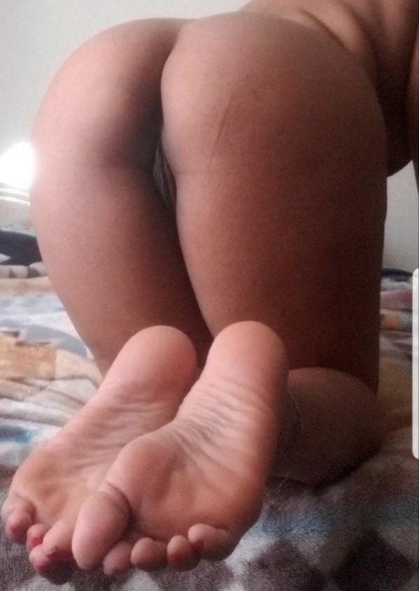 horny desi nude girls pics - 43