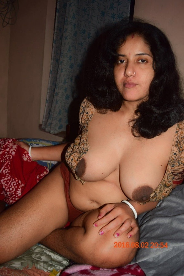 hot desi mature aunty gallery - 48