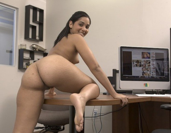 hot indian nude girls pics - 4