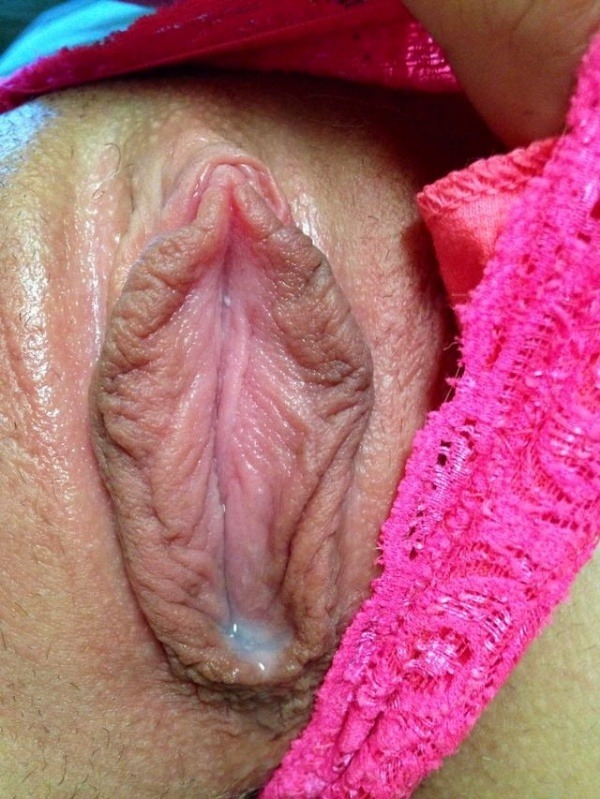 hypnotic desi moist pussy pics - 3