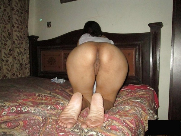 juicy indian vagina pics - 3