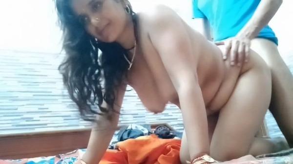 lovely desi couple sex pics - 5
