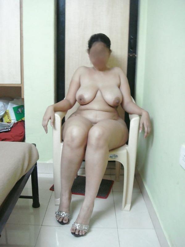 lovely desi sexy aunties pics - 38