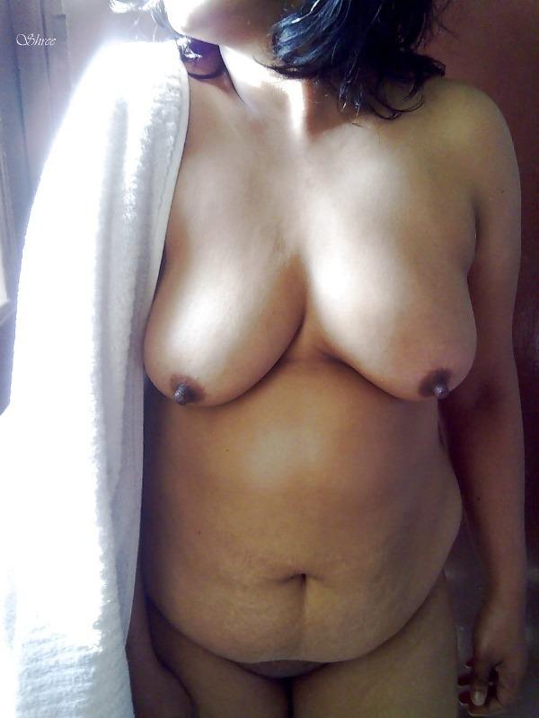 nude indian bhabhi pics - 14