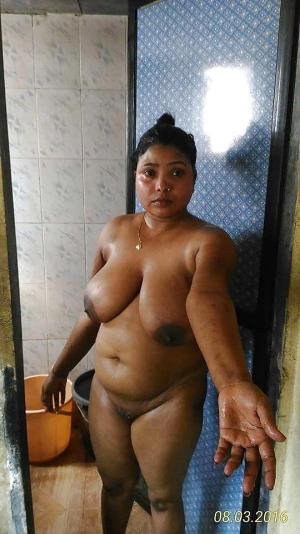 provocative naked aunty pics - 13