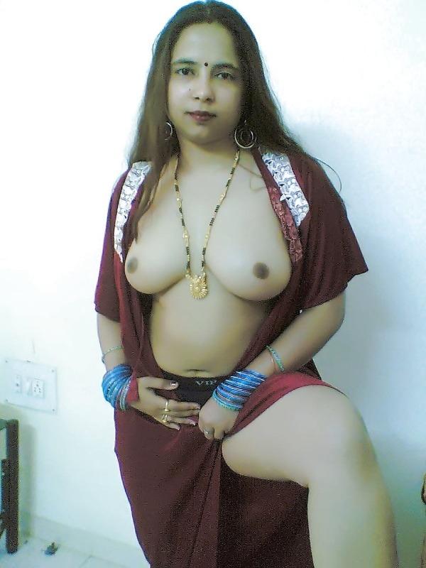 randi indian mature aunty pics - 17