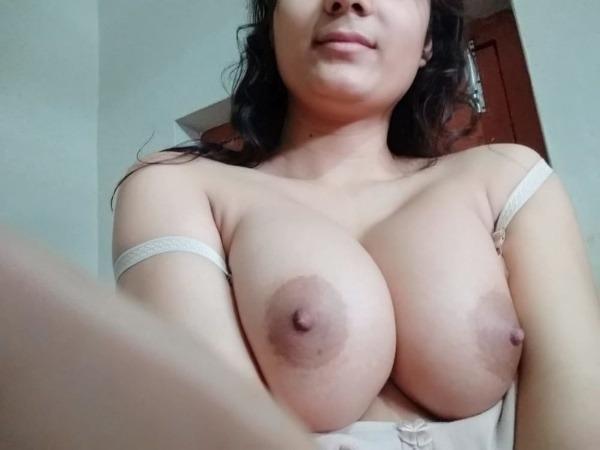 sensual desi big boobs pics - 23