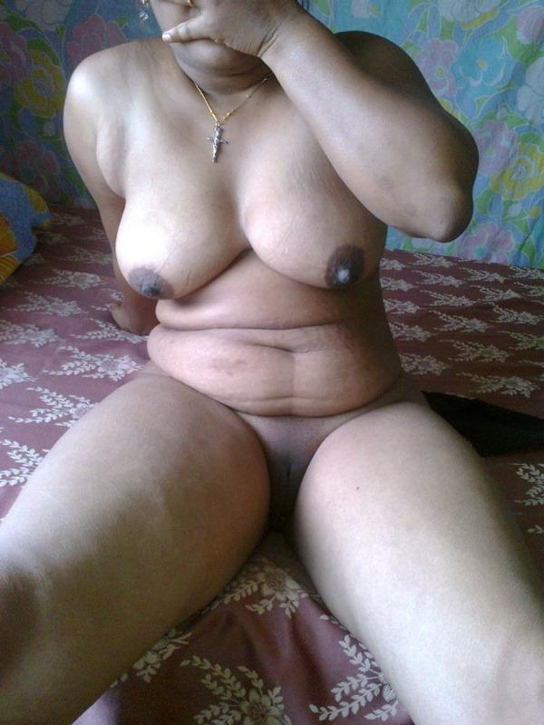 sensual hot mallu nude pics - 11