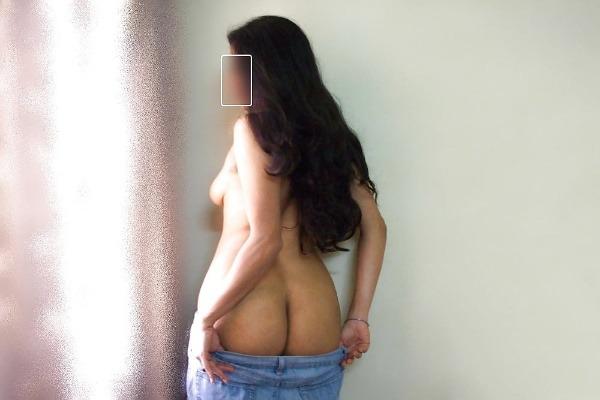 sensual hot mallu nude pics - 9