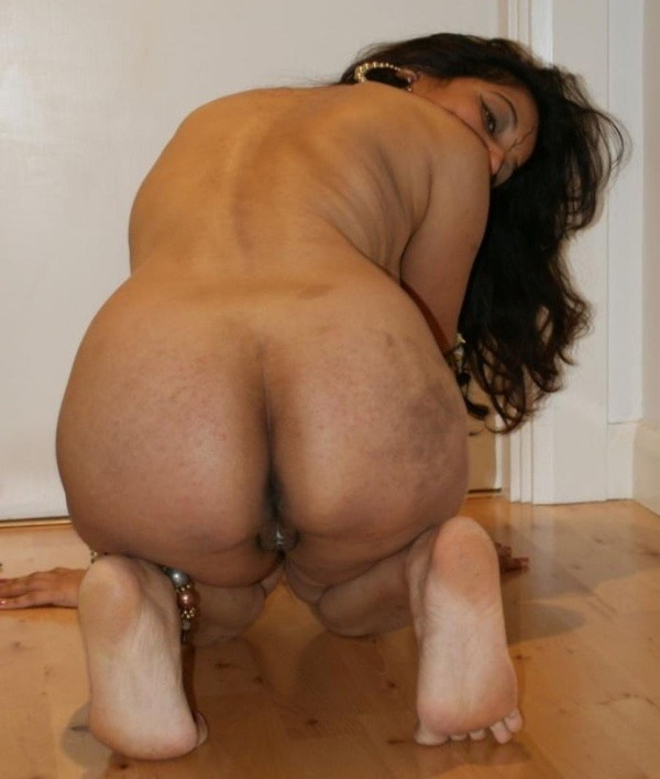 sexy aunties big ass gallery - 19