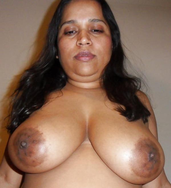 sexy big desi boobs pics - 23