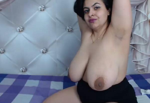 sexy big desi boobs pics - 44