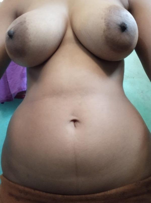 sexy big indian boobs pics - 40