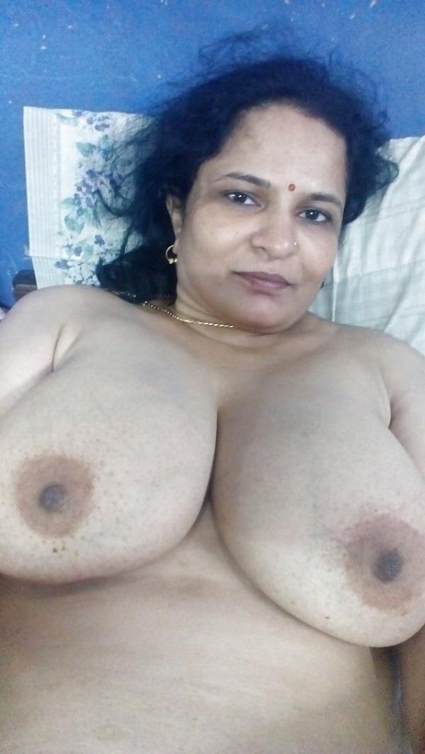 sexy big indian boobs pics - 50