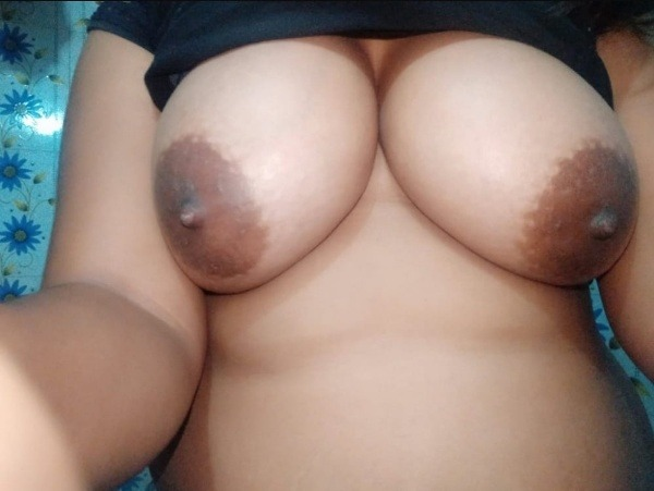 sexy big indian tits pics - 25