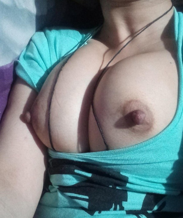 sexy big indian tits pics - 29