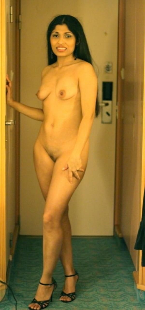 sexy big indian tits pics - 43