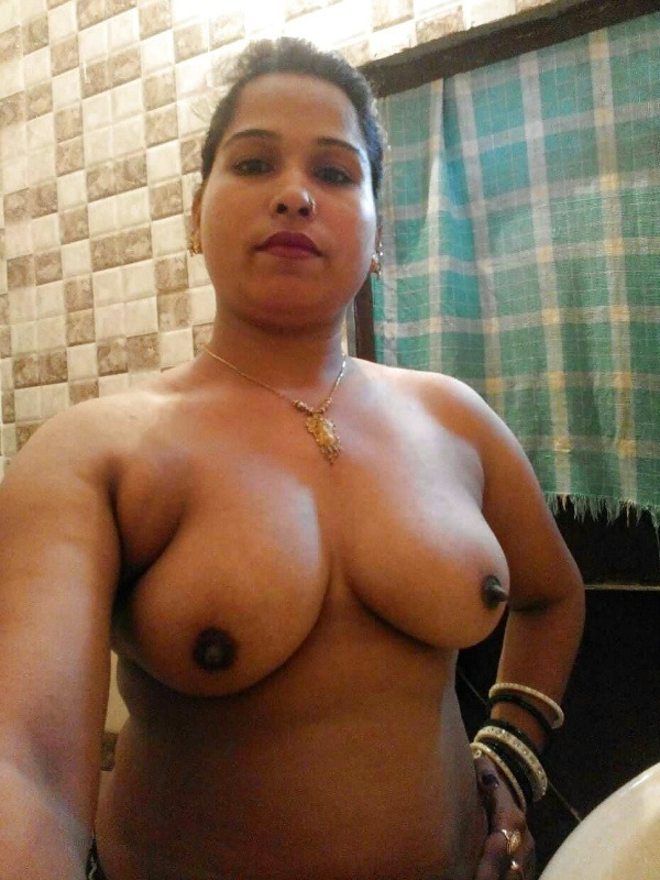 sexy desi mature aunties pics - 30