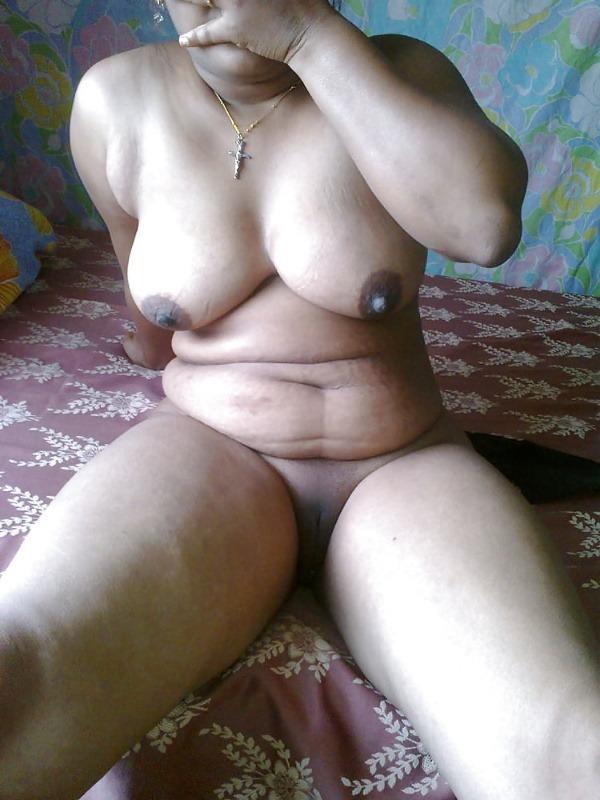 sexy desi mature aunties pics - 36