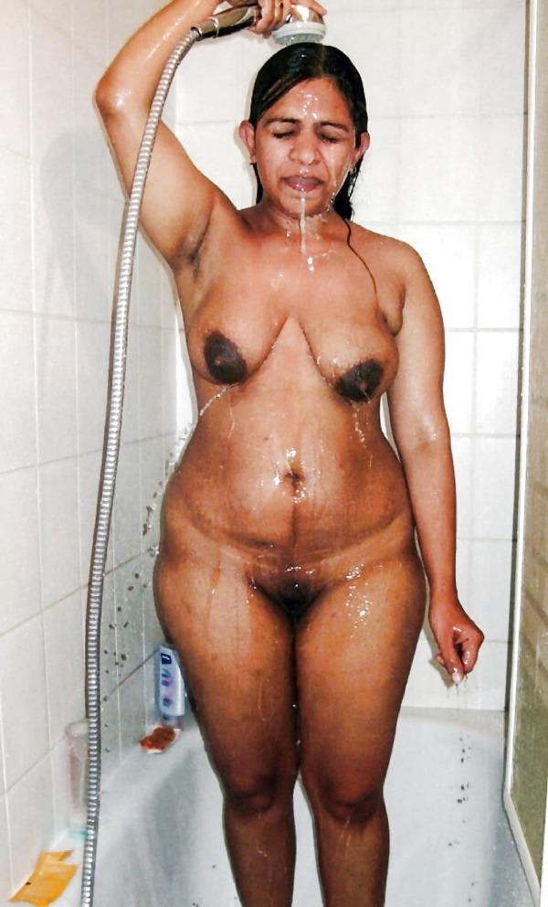 sexy desi mature aunties pics - 6