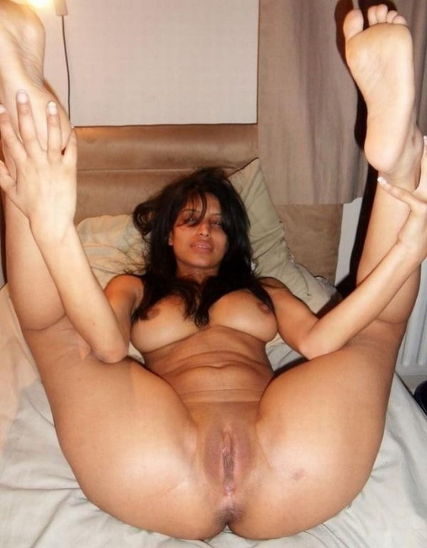 sexy desi nude girls pics - 35